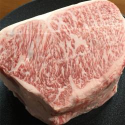 やっぱり美味しいですわ。壱岐牛サーロイン、入荷いたしました。