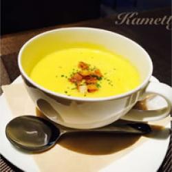 こんなに寒い日は暖かいスープ飲みましょ♡