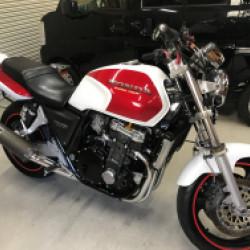 HONDA CB1000バイクタンクデントリペア!