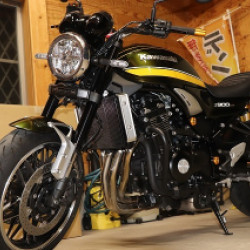 カワサキ Z900RSバイクタンクリペア千葉県 埼玉県
