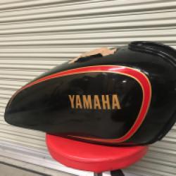 YAMAHA SR500バイクタンクの凹みリペア!