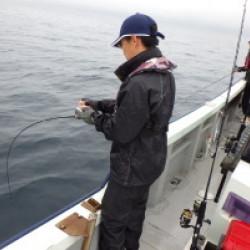 令和、初釣りは鯛、