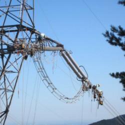 50万ボルト送電線張替工事イメージ