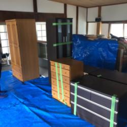 熊本へ家具の支援させていただきました。画像