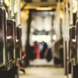 観光以外にも送迎バスなどでも便利に活用しよう